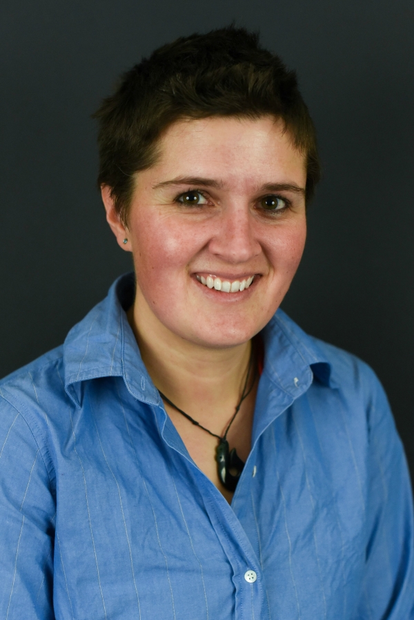 Alana is a senior author on her latest publication in Molecular Ecology